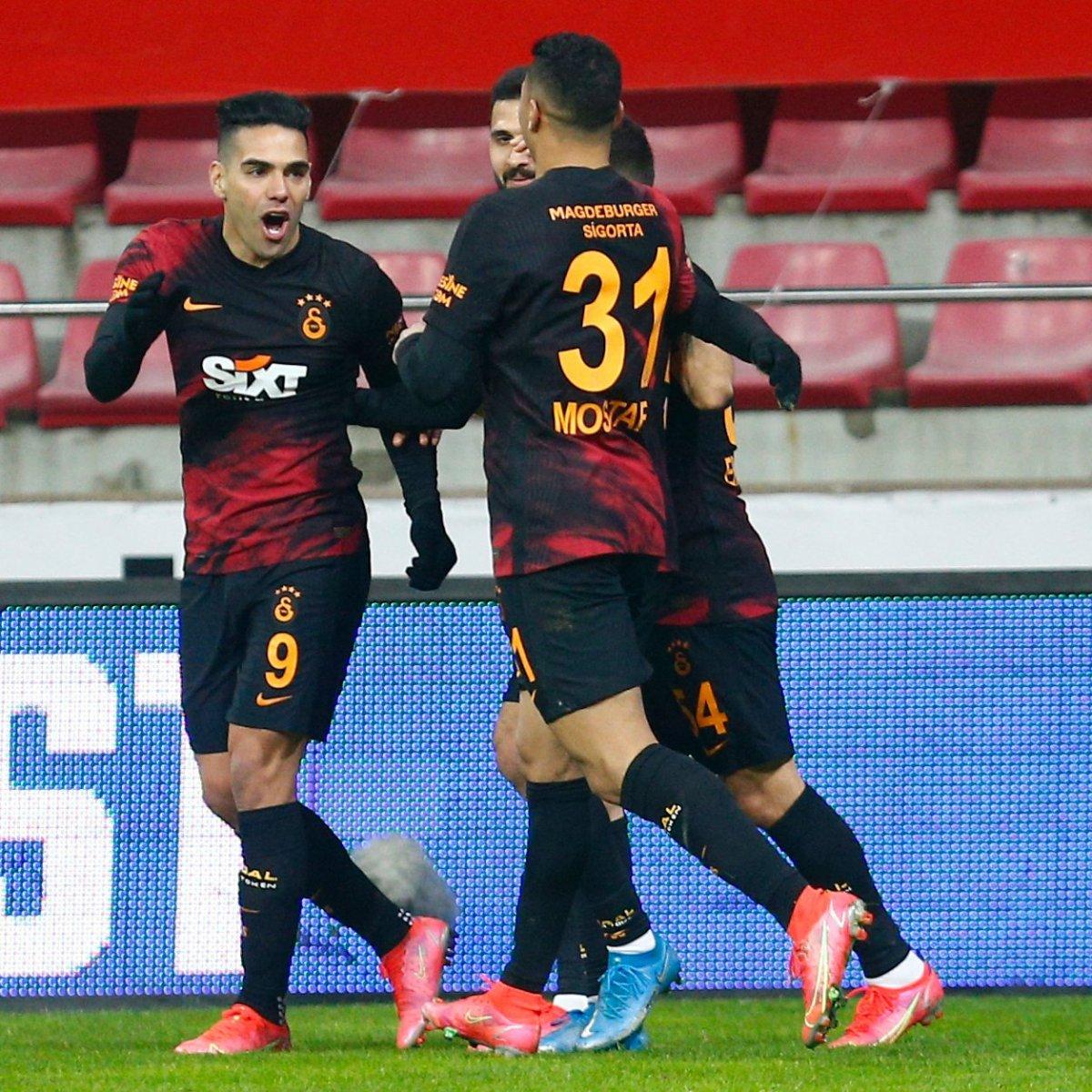 Galatasaray, Kayseri deplasmanından 3 puanla döndü #1